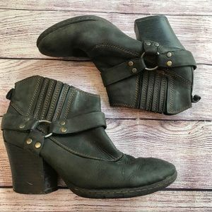 Boc leather booties 8 39